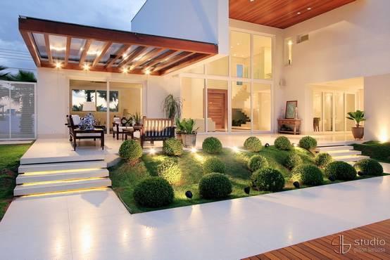 20 jardins pequenos para renovar a frente de sua casa - Antejardines pequenos fotos ...