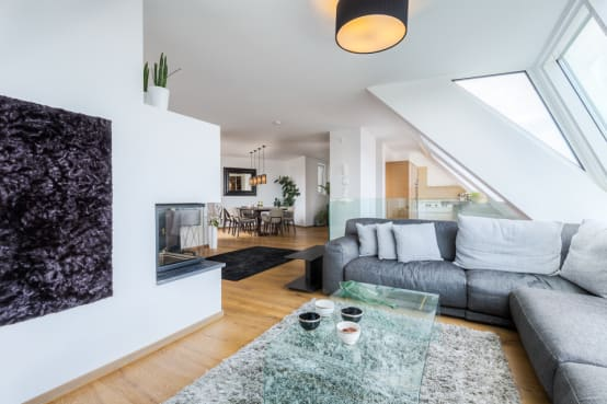 die farbgestaltung im wohnzimmer und was sie bewirken kann. Black Bedroom Furniture Sets. Home Design Ideas