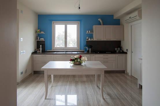 10 fantastici esempi per i colori della cucina - Colorare pareti casa ...