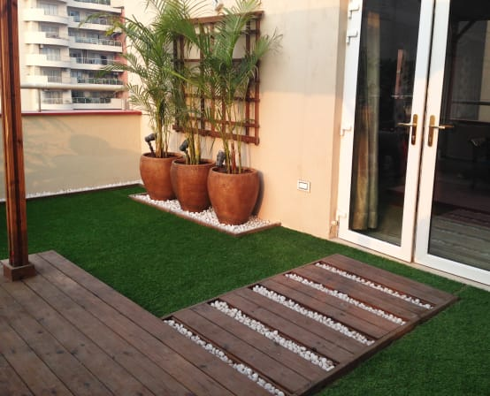 9 gro e ideen f r eure kleine terrasse. Black Bedroom Furniture Sets. Home Design Ideas
