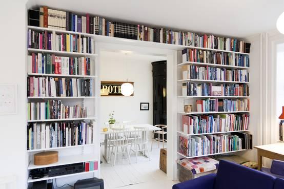 dank dieser wohnideen musst du dich nie wieder von einem buch trennen. Black Bedroom Furniture Sets. Home Design Ideas