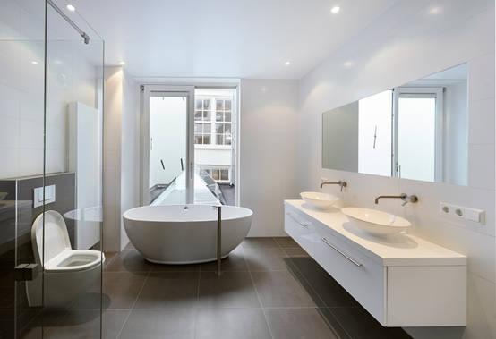 Nieuwe Badkamer Poetsen : Schimmel in de badkamer voorkom je met deze tips