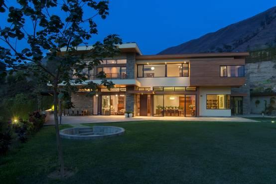 La Casa se integra con el entorno