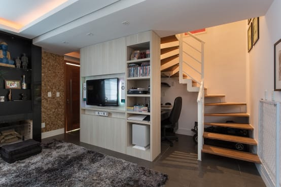 20 dise os de escaleras que se ver n bien en casas peque as for Escaleras metalicas pequenas