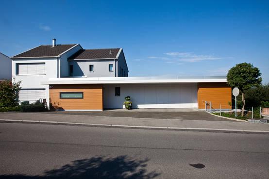 einfamilienhaus mit anbau ein wahres multitalent. Black Bedroom Furniture Sets. Home Design Ideas