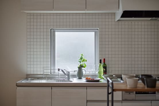 キッチンの臭いの原因は?!改善と対策