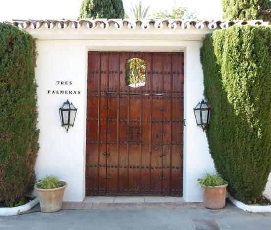 Las 9 puertas de madera que ten s que ver antes de renovar - Ver puertas de madera ...