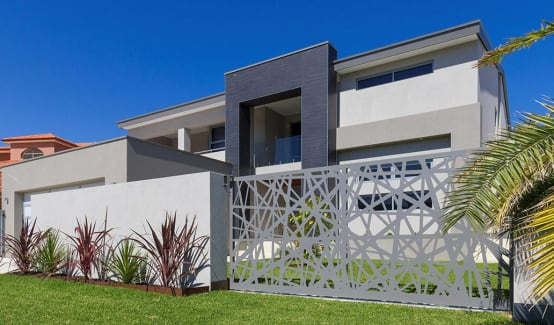 20 designs of boundaries and fences to protect your home in style