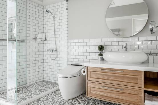 5 نماذج لاستخدام المساحة الصغيرة في تصميم الحمام