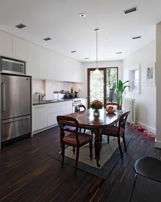 Kitchens: a beautiful white kitchen with beautiful wood elements!