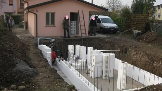 C mo construir una piscina con bloques de cemento paso a for Como construir una piscina en concreto