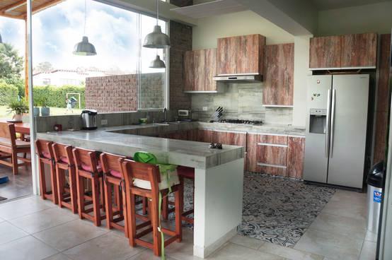9 maneras de re modelar tu cocina con un toque r stico - Accesorios de cocina de diseno ...