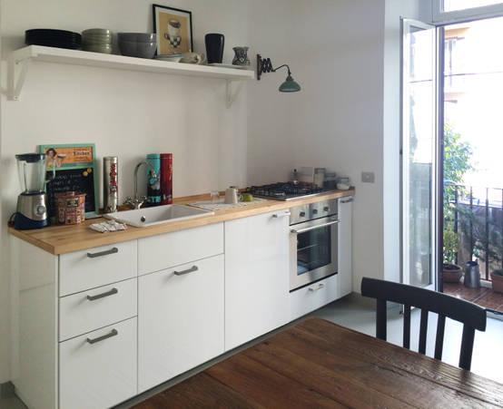 Piccolo appartamento che unisce moderno e vintage a roma for Auto interieur kuisen