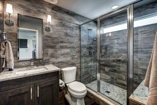 Small but stylish: 10 tips to make your small bathroom WORK!