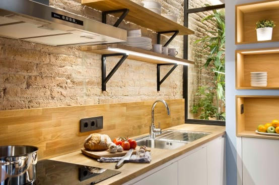 Tipos de repisas de madera para tu cocina for Decoracion de cocinas pequenas con repisas