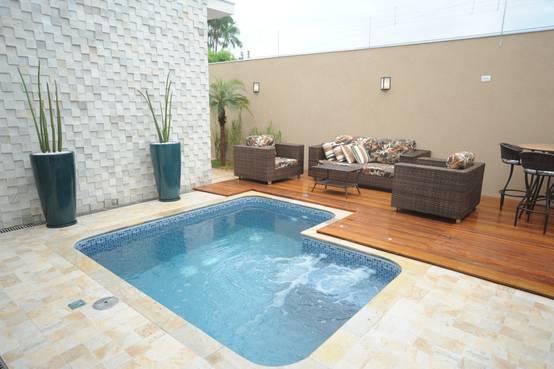 14 melhores ideias de piscinas pequenas para a sua casa for Fotos de piscinas pequenas para patios