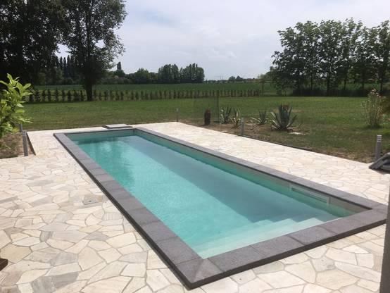 7 progetti di piscine per tutte le misure nel nord est italia - Foto di piscine interrate ...