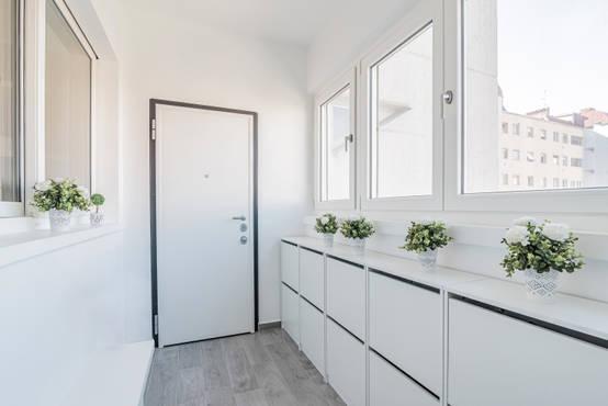 37 moderne gestaltungsideen f r deinen flur. Black Bedroom Furniture Sets. Home Design Ideas