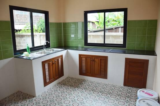 10 economical kitchen designs for Economic kitchen designs