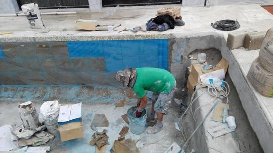 C Mo Construir Una Piscina De Concreto En El Patio Paso A