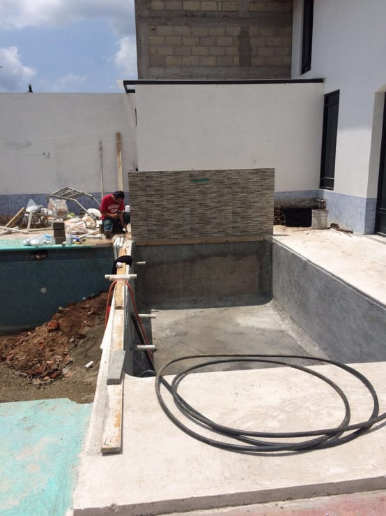 Piscina de concreto as se hace for Como se hace una piscina