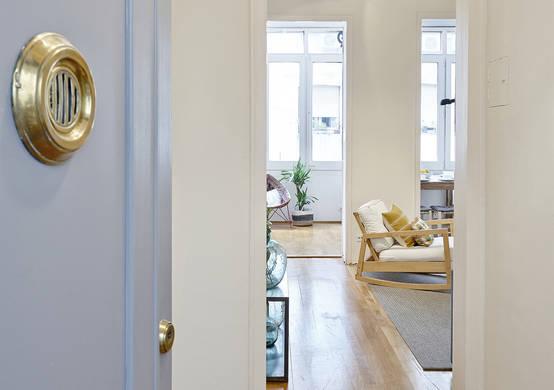 eine umwerfende wohnung dank toller renovierung. Black Bedroom Furniture Sets. Home Design Ideas
