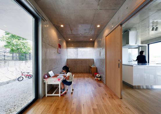 ダイニングと子供部屋