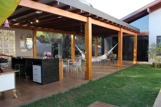 How a luxury pergola totally changed up a back garden - Modelos de pergolas ...