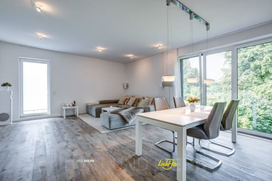 indirekte beleuchtung wie man die strahler richtig einsetzt. Black Bedroom Furniture Sets. Home Design Ideas