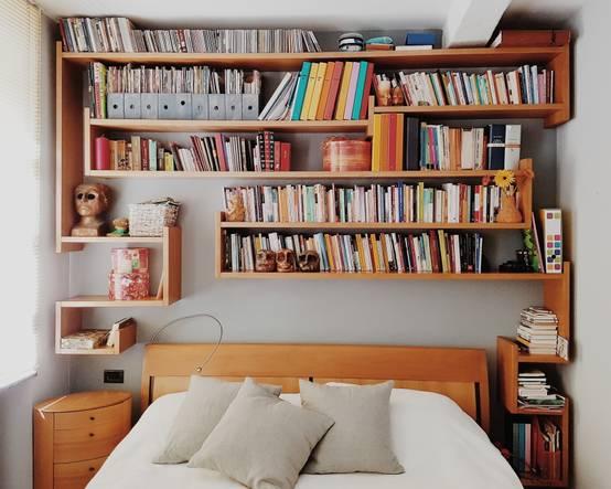 Letto con libreria 8 idee e consigli per la camera da letto - Libreria camera da letto ...