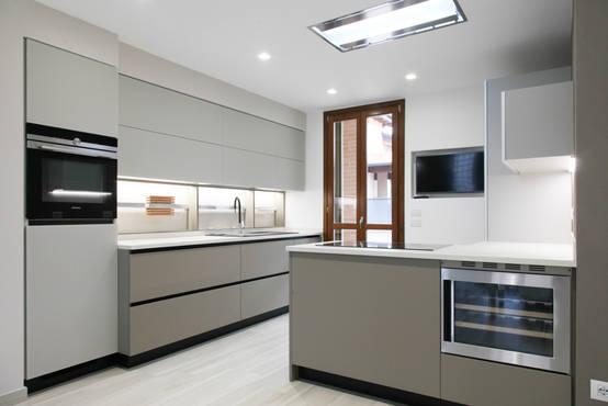 Cocina gris: combinaciones y colores