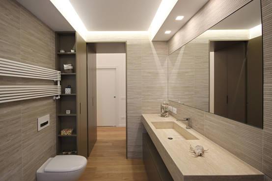 16 bagni italiani eleganti da copiare for Design moderno casa contemporanea con planimetria