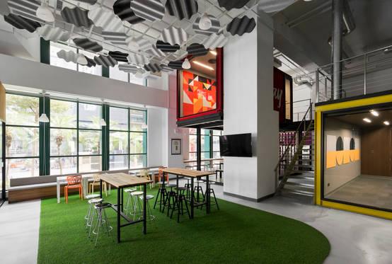 於時尚空間展現核心價值:九款令人驚艷的現代辦公室設計
