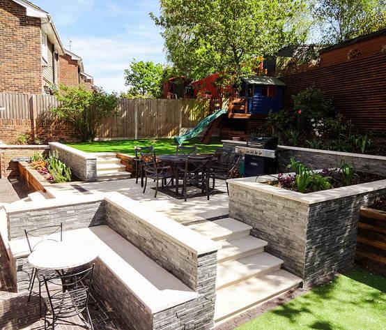 Tiered Contemporary Urban Garden: Homify