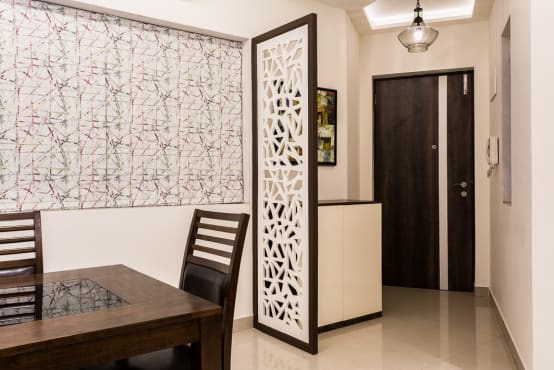 A Cosy Home Designed Smartly In Mumbai
