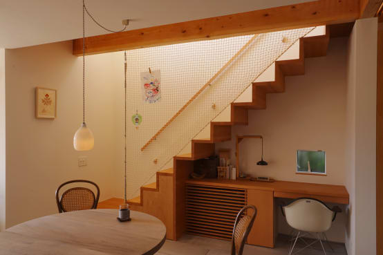 10 Staircases for small Pakistani homes