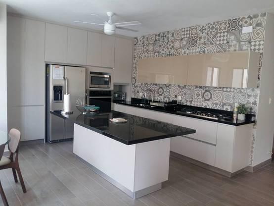 Azulejos para las cocinas ideas para tu cocina for Muebles talavera