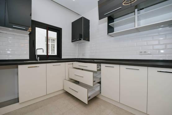 İzmirli inşaat firmasından banyo ve mutfak tasarımları | homify | homify