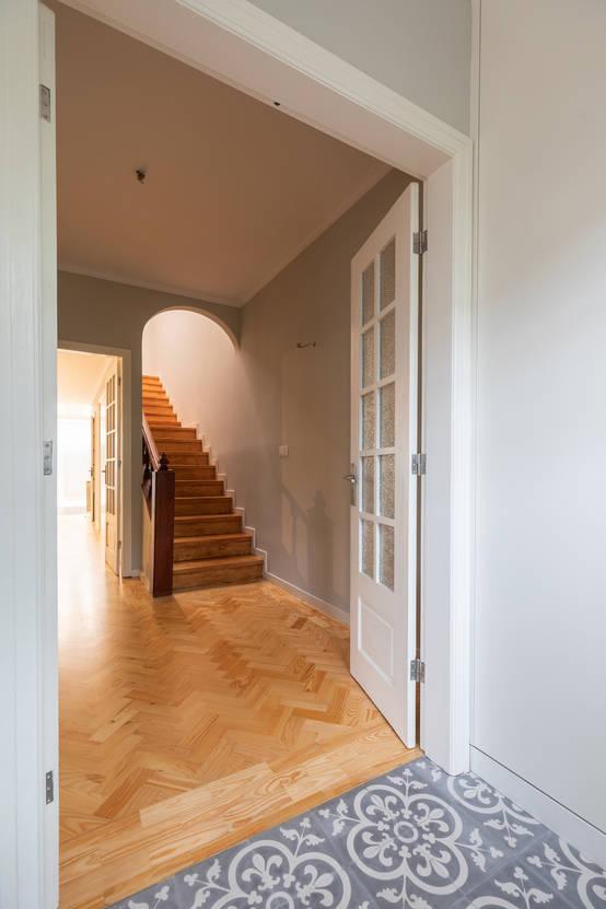 Projeto de interiores para casa linda no Porto, em Portugal | homify | homify