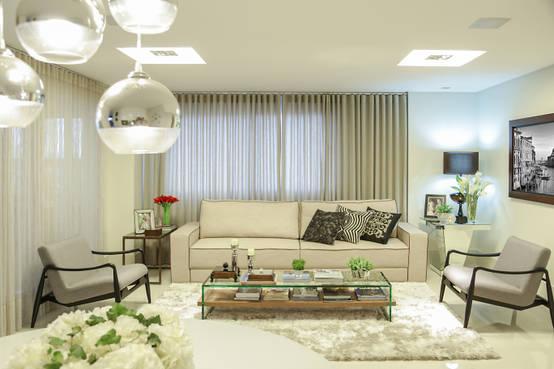 Modernidade e sofisticação de salas de estar e jantar integradas em Goiânia | homify | homify