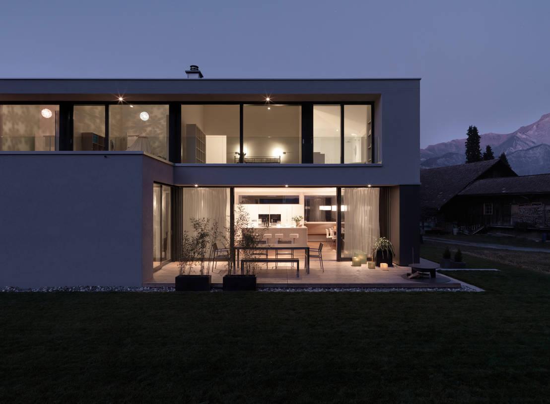 ein traumhaus in der schweiz. Black Bedroom Furniture Sets. Home Design Ideas