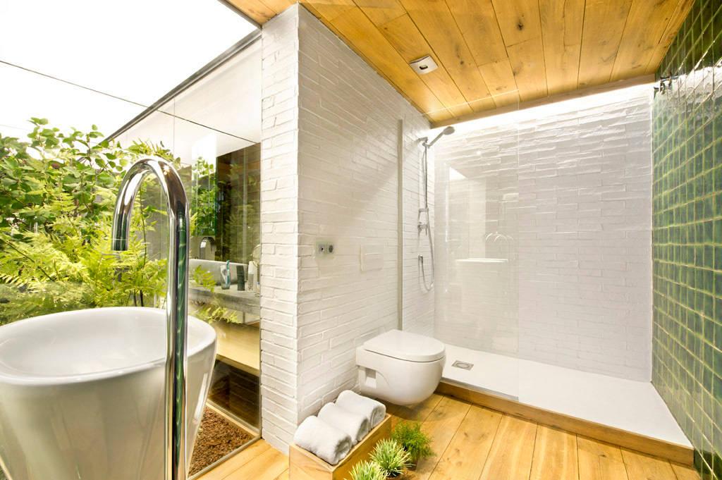 10 dise os de duchas para 10 ba os diferentes for Diseno duchas para banos