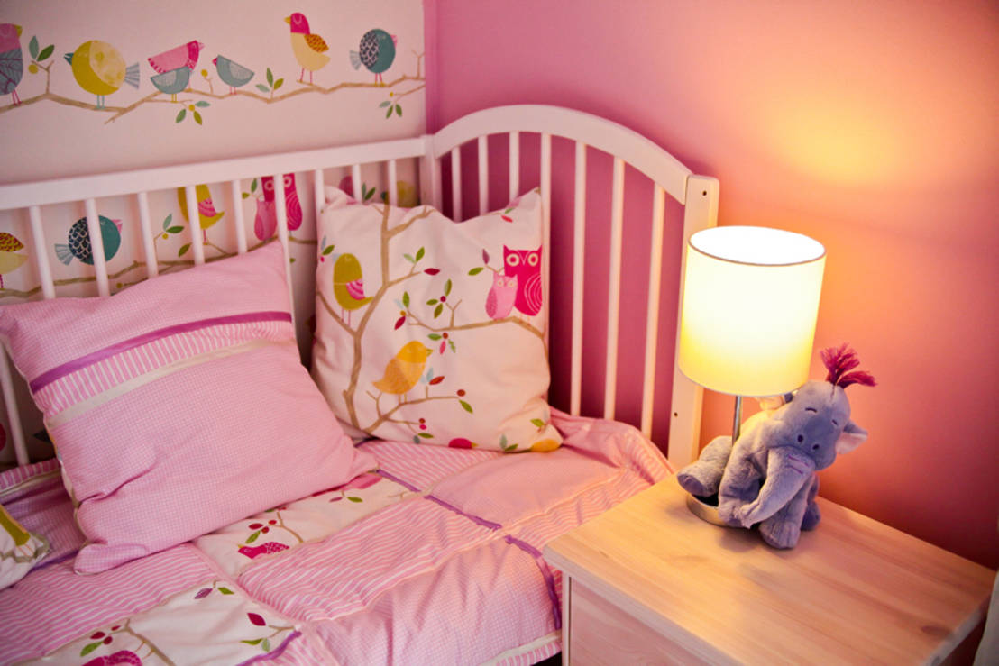 ein traum in pink kinderzimmer f r m dchen. Black Bedroom Furniture Sets. Home Design Ideas