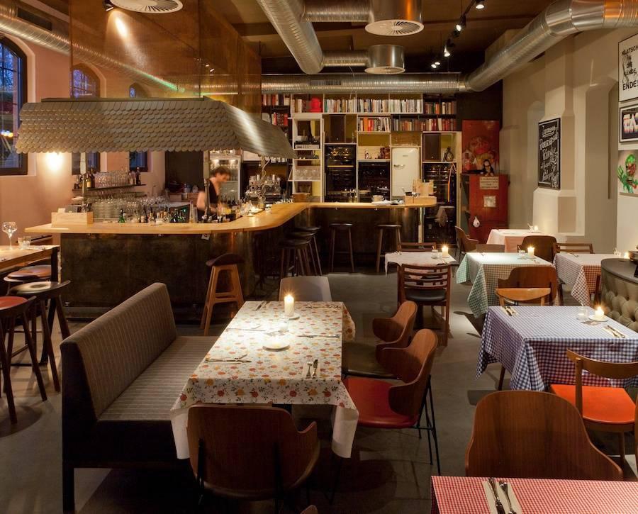 off club tim m lzers neustes restaurant. Black Bedroom Furniture Sets. Home Design Ideas