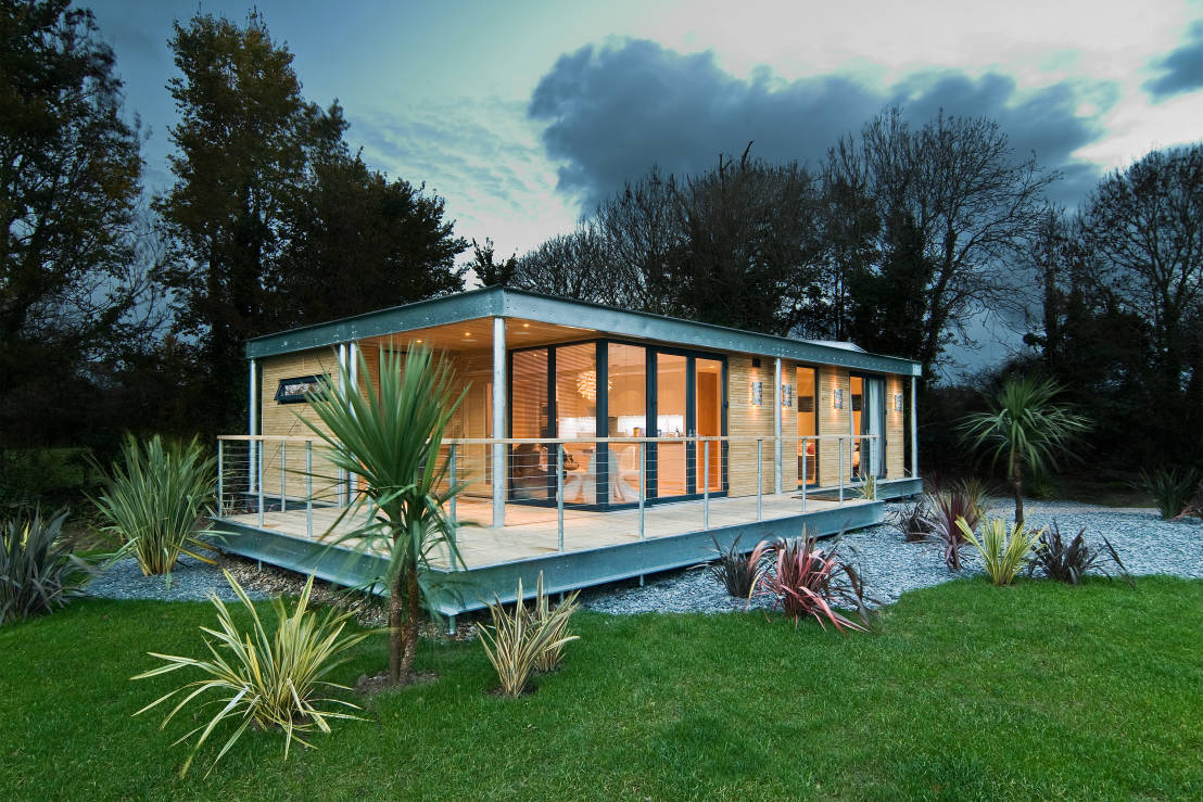 Una casa prefabbricata per il sogno di una vita for Piani per costruire una casa a buon mercato