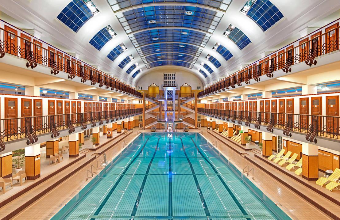 Amalienbad una piscina en viena al estilo de los a os veinte for Estilo de piscina