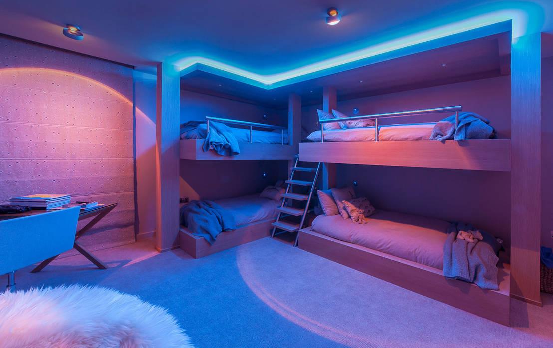 mit t raumhaften zimmerdecken und w nden kinderzimmer vergr ern. Black Bedroom Furniture Sets. Home Design Ideas