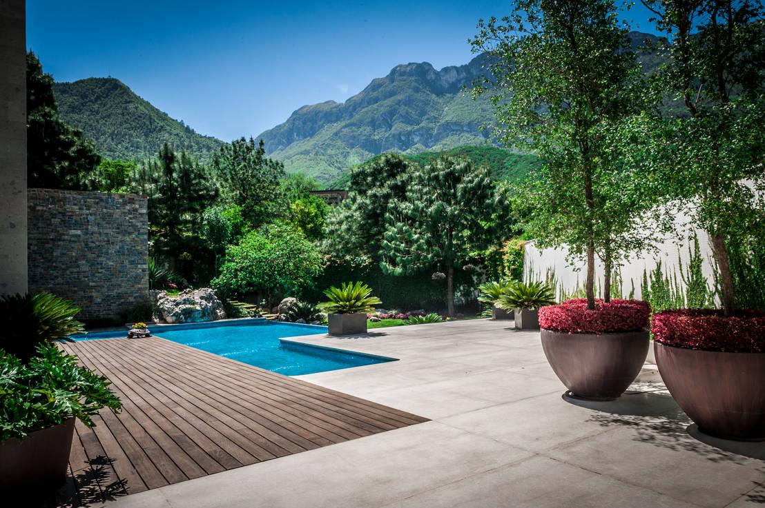 9 fabulosas ideas para patios grandes for Jardines grandes
