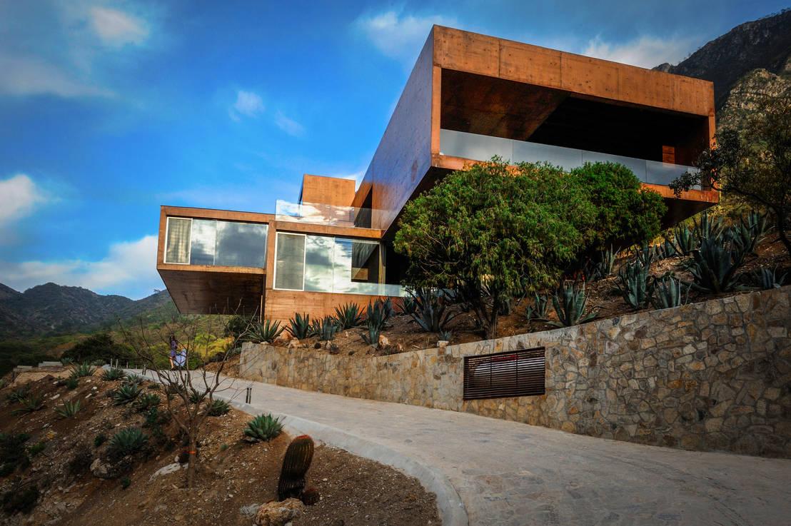 10 fachadas por arquitectos mexicanos talento al m ximo for Arquitectos mexicanos