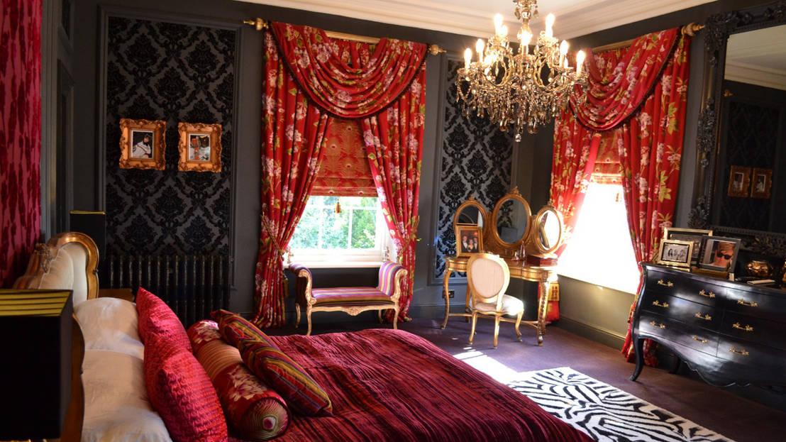 boudoir bedrooms. Black Bedroom Furniture Sets. Home Design Ideas
